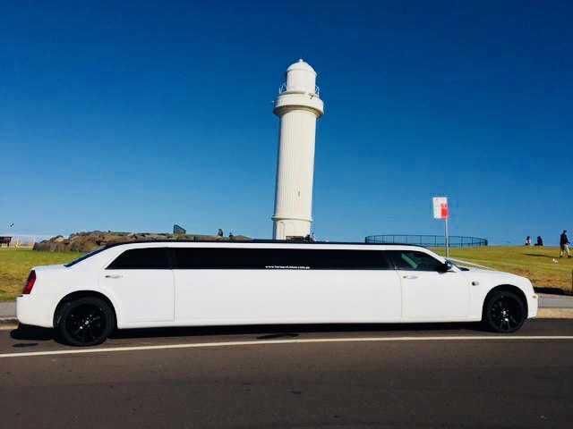 chrysler stretch limousine